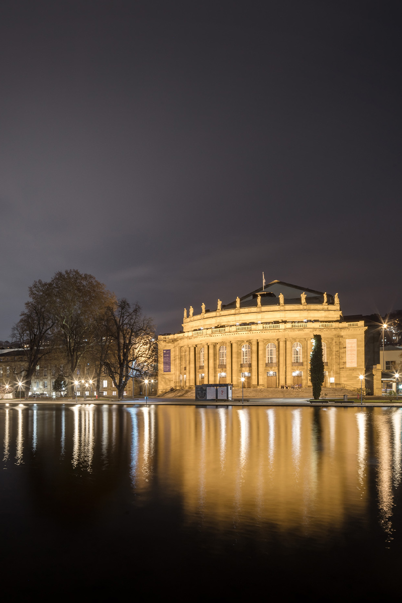 Staatstheater-Wuerttemberg_Bott_10.jpg